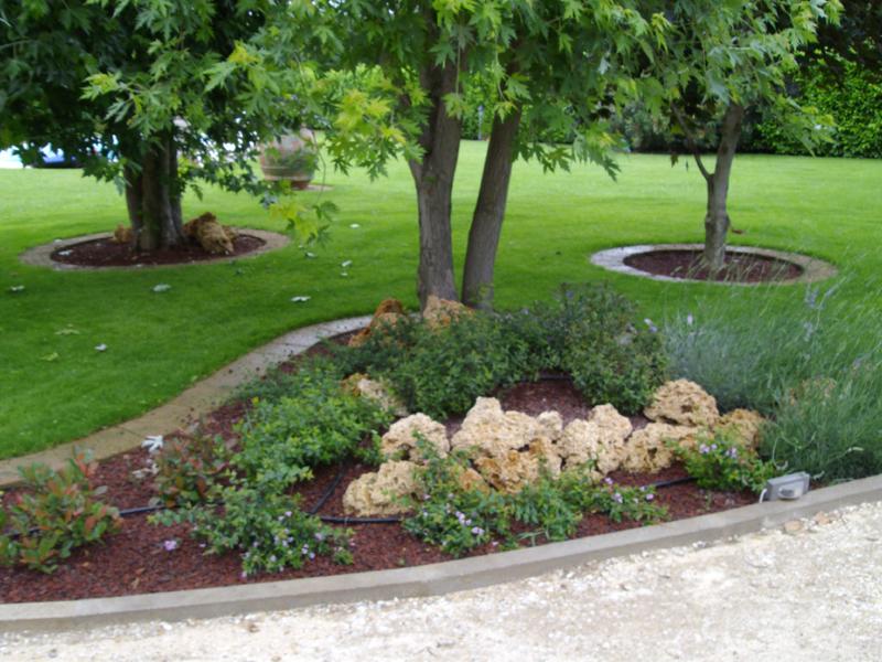 I giardinieri pieroni ferdinando marco fantozzi for Progettazione giardini lavoro